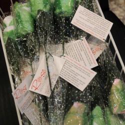 Alle Messebesucher kennen unser beliebtes Giveaway: Rosen aus Microfasertuch.